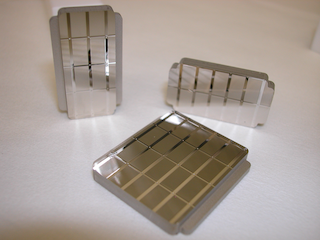 Set of hot-embossing stamp with cylindrical lens-arrays